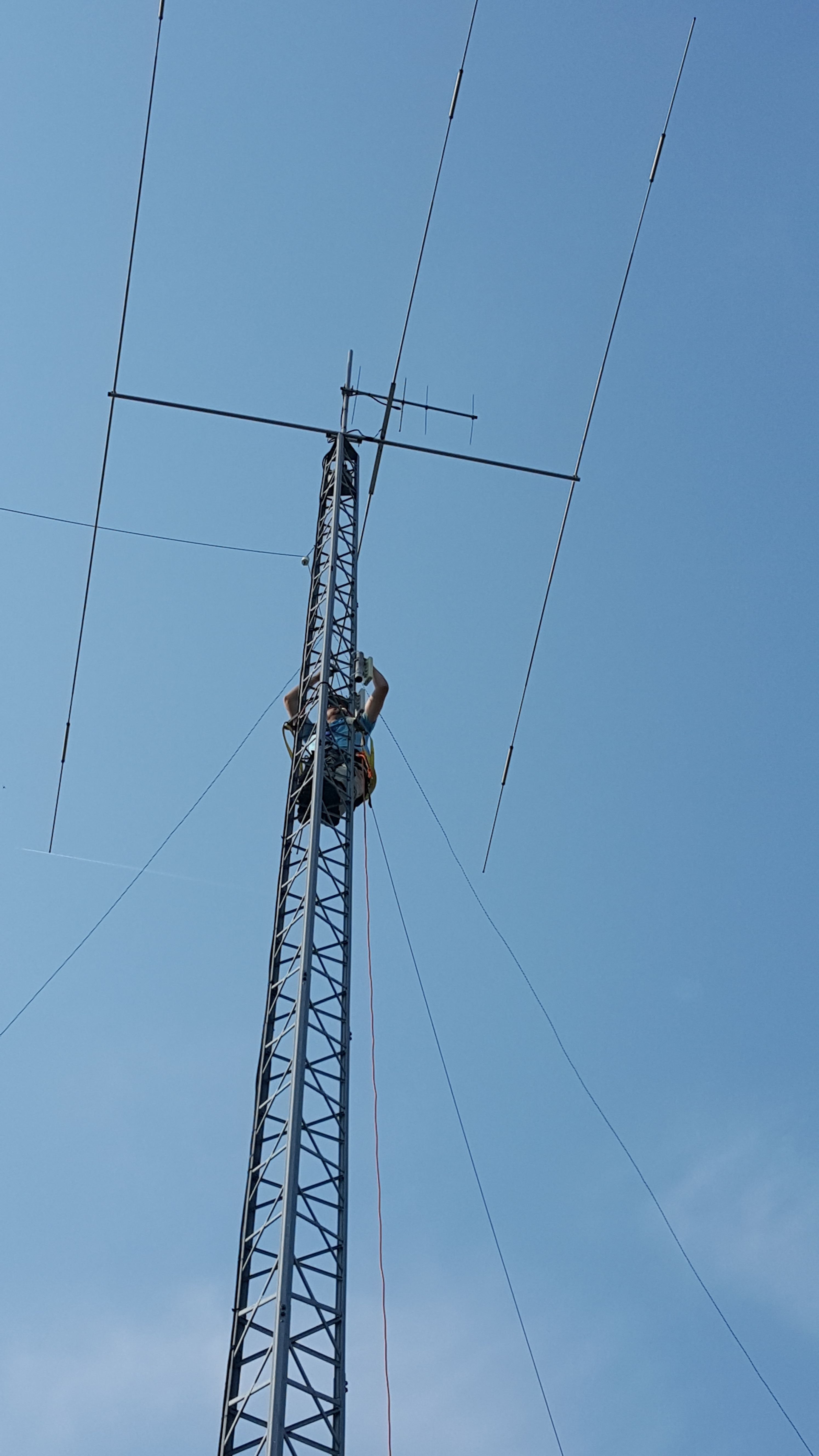 Colin scaling Walter's tower - replacing RF unit
